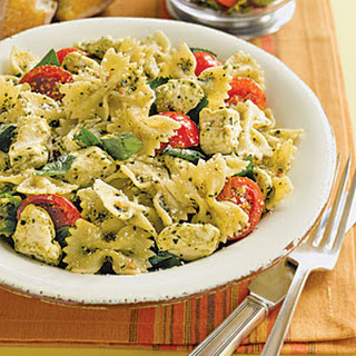 Pasta with Tomatoes and Mozzarella