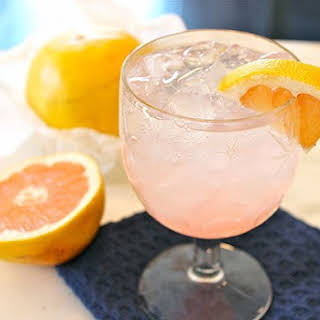 The Pink Paloma Cocktail.