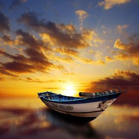 kapal senja by Indra Prihantoro - Transportation Boats ( sunset, boats, boat )