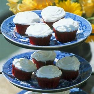Easy Red Velvet Cupcakes.
