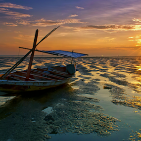 cloudy sunrises by Ahmad Sahroni - Transportation Boats (  )