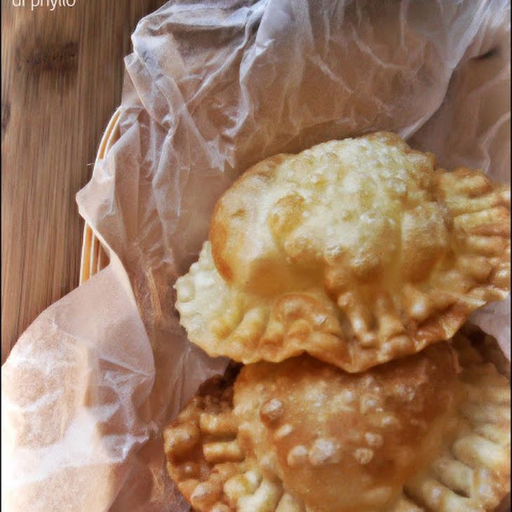 Mozzarella Fried in Phyllo Dough