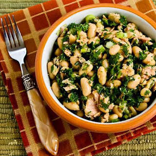 White Bean Salad Recipe with Tuna and Parsley.