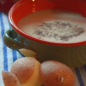 Creamy Potato and Gruyere Soup