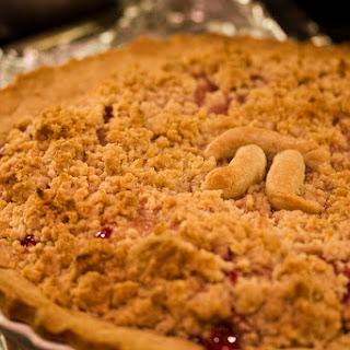 Strawberry Streusel Pie