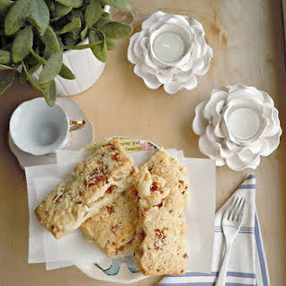 White Cheddar & Applewood Bacon Savory Scones {Chicago Deli}.