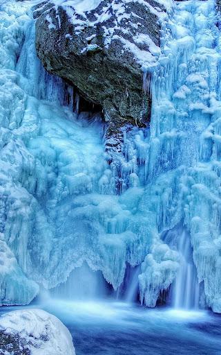 冰冻瀑布壁纸