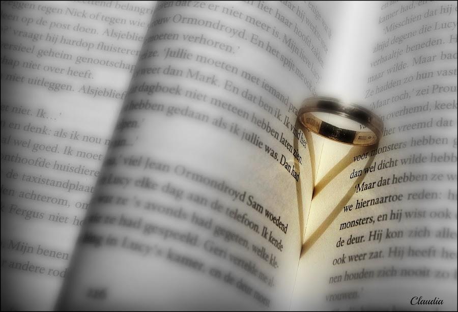 Love by Claudia de Graaf - Artistic Objects Jewelry