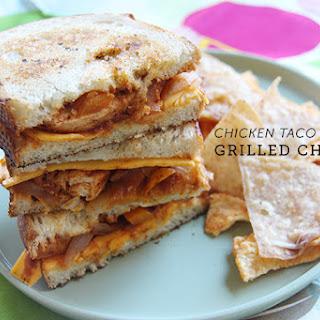 Chicken Taco Grilled Cheese #WeekdaySupper #McSkilletSauce.