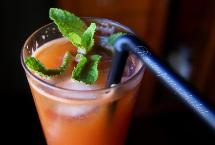 Goji Berry and Carrot Lemonade Recipe