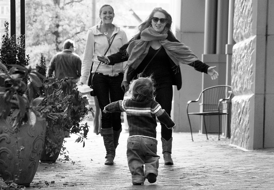 Open Arms by Paul Hopkins - Black & White Street & Candid ( , Travel, People, Lifestyle, Culture )