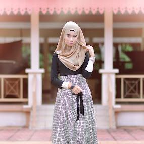 Gustina SyamSuddin 5.0 by Azry Azmy - People Fashion