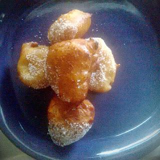 Cinnamon Mosa (Dessert style Plantain fritters)