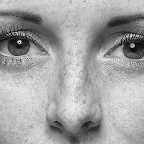 Natural look by Patrick Langley - People Portraits of Women