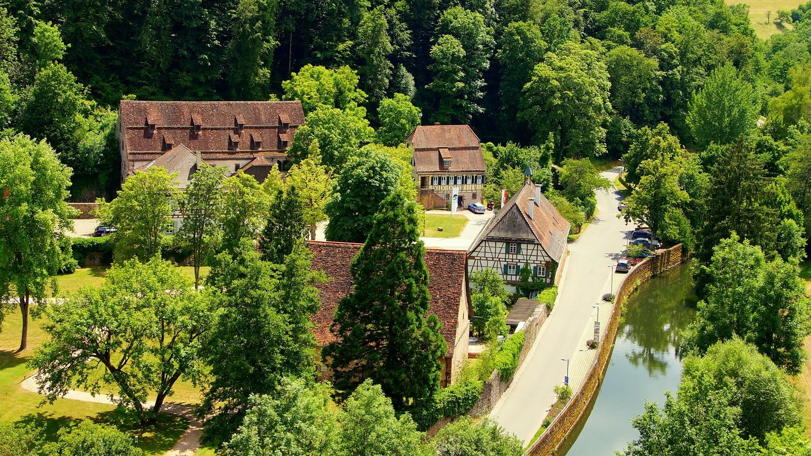 Du siehst das Kloster Maria Reuthin in Wildberg