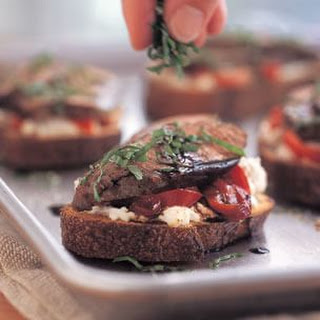 Beef & Goat Cheese Sandwiches