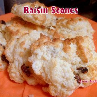 Easy Raisin Scones