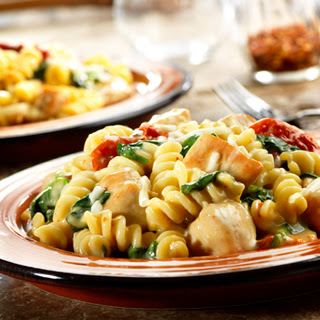Chicken Fusilli with Spinach & Asiago Cheese.
