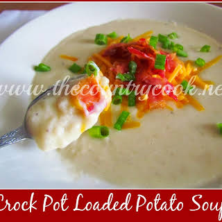 Crock Pot Loaded Baked Potato Soup.