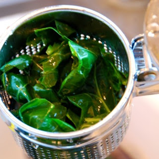 How To Cook Collards That Are Tasty AND Pretty.