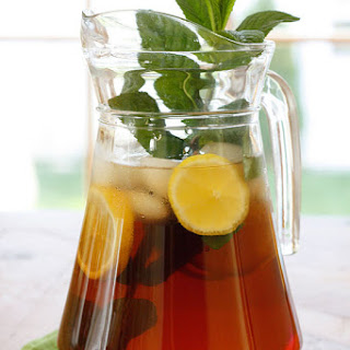 Freshly Brewed Ice Tea with Fresh Mint.