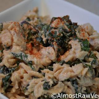 Spicy Creamy Cheesy Kale Pasta
