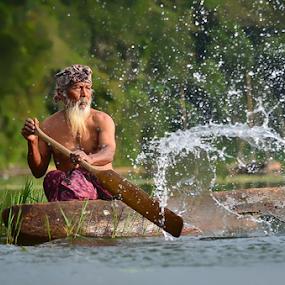 Lunga by Hendri Suhandi - People Portraits of Men ( bali, old men, lake, fisherman, people, tamblingan, portrait )