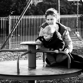 The definition of beauty begins with the word 'MOM' - Shane Koyczan by Parwarsha Mirza - Black & White Portraits & People ( mother, black and white, auckland, portraits, people )