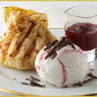PLATED RASPBERRY CREPE PARCEL