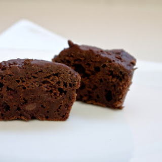 Healthy Dark Chocolate Brownie Bites.