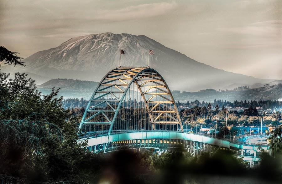 Mt St Helens from Portland by Tom Davidson - Buildings & Architecture Bridges & Suspended Structures ( helens, oregon, portland, america, ixtussy, bridge,  )
