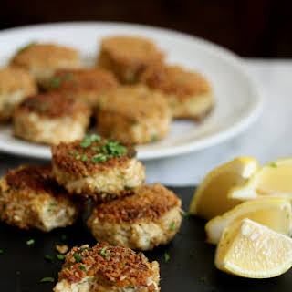 Gluten-Free Crab Cakes with Pretzel Crust.
