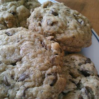 Vegan Chia Chocolate Chip Cookies