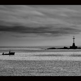 Suncken reefs by Elwin Magnuss - Black & White Landscapes
