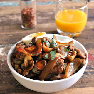 Thai Style Chicken, Cashew & Basil Stir Fry (with Thai Green Curry Paste).