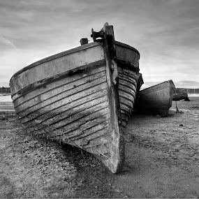 Boats on the beach at Pin Mill by Dave Byford - Black & White Landscapes ( england, estuary, boats, suffolk, beach, pin mill, river orwell,  )
