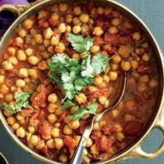 Indian Chana Masala with Roti.