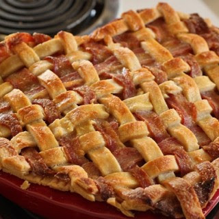 Slapilicious Bacon Apple Pie