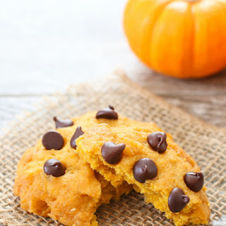 Microwave Pumpkin Chocolate Chip Cookie Mug Cake