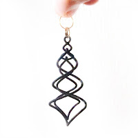 Earrings_spiral_funya_funya