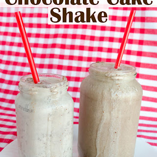 Copycat Portillo's Chocolate Cake Shake