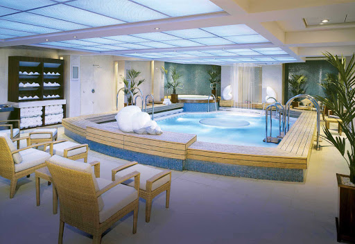 Cunard-Queen-Mary-2-Canyon-Ranch-Spa - Soak in the rejuvenating Thalassotherapy pool at the Canyon Ranch Spa while sailing aboard Queen Mary 2.
