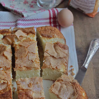 White Galician Cake (Bica).