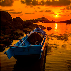 by single boats by Gilang Franasia - Landscapes Sunsets & Sunrises ( beaches, reflection, sunrise, landscape, boat, , #GARYFONGDRAMATICLIGHT, #WTFBOBDAVIS )