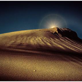 Dawn of an alien era. by Glenn Visser - Digital Art Abstract ( dune, star, alien, era )