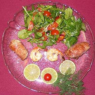 Saltimboccaröllchen vom Seeteufel auf Rapunzelsalat
