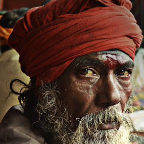 view-back the time by Arnab Bhattacharyya - People Portraits of Men