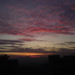 Redish clouds by Aleksa Stankovic - Landscapes Cloud Formations ( sky, cloudscape, cloud,  )