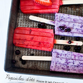 Summer Popsicles: Strawberry & Almond Milk and Blueberry Yogurt Greek & Lavender.