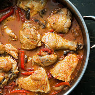 Chicken Cacciatore (Hunter Style Chicken).
